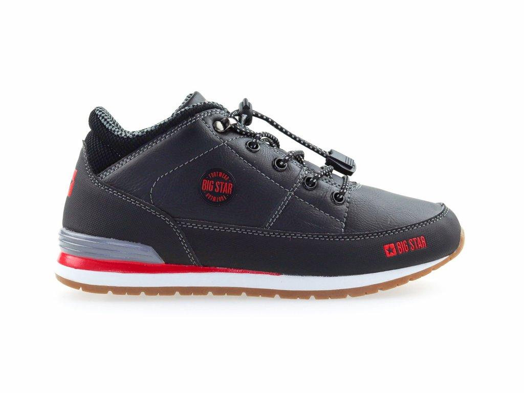 černé kotníkové boty