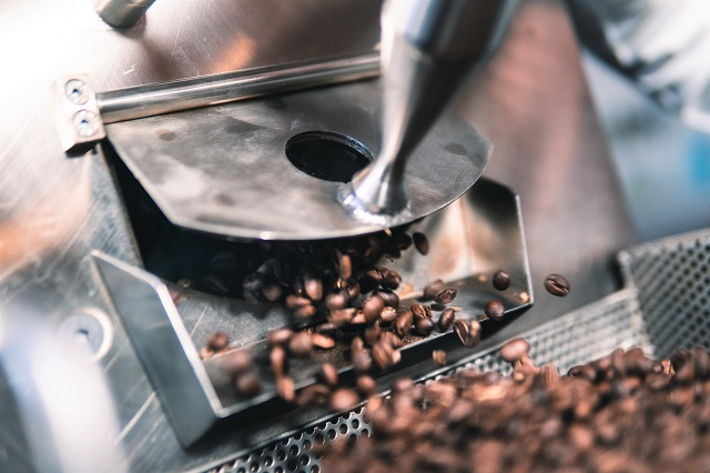 Jak pražíme kávu u nás