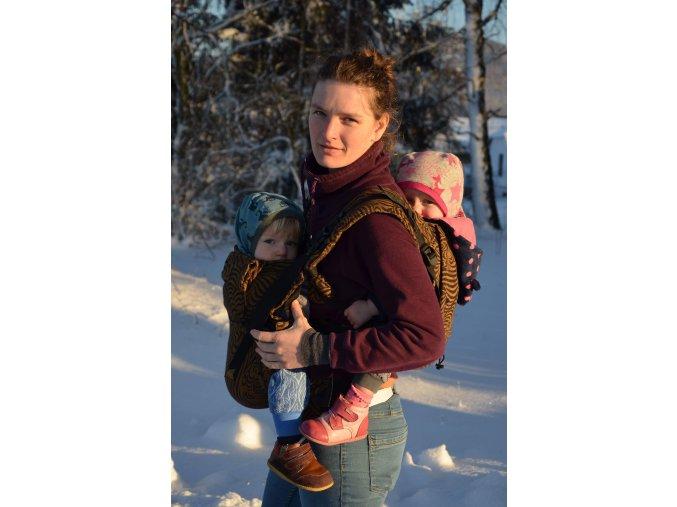 paní Anna s dvojčaty