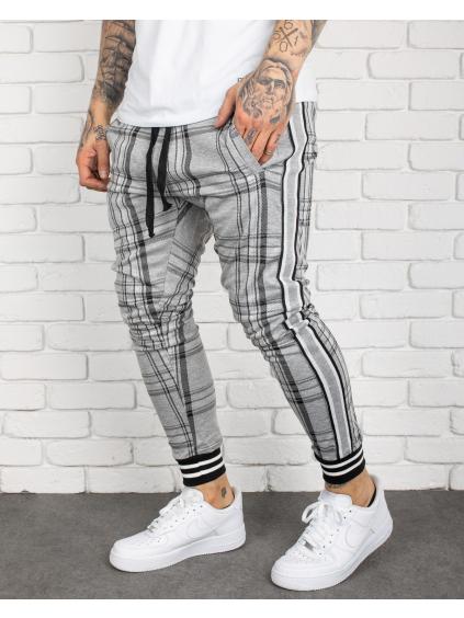 Melegítő nadrágok Stash
