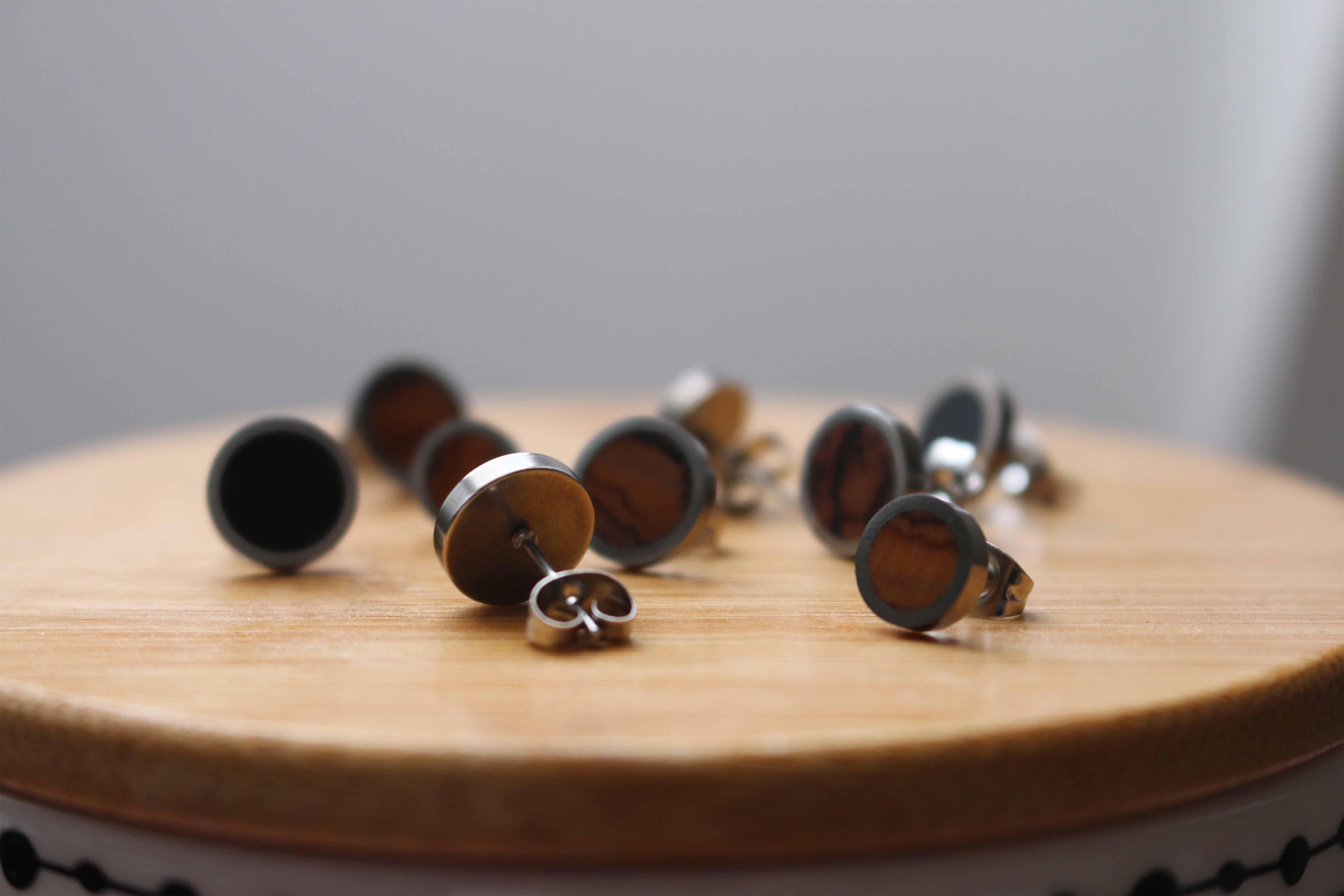 Ocelové náušnice