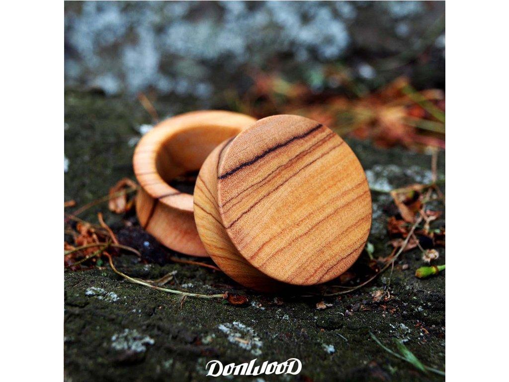 plugy-drevo-oliva-donwood