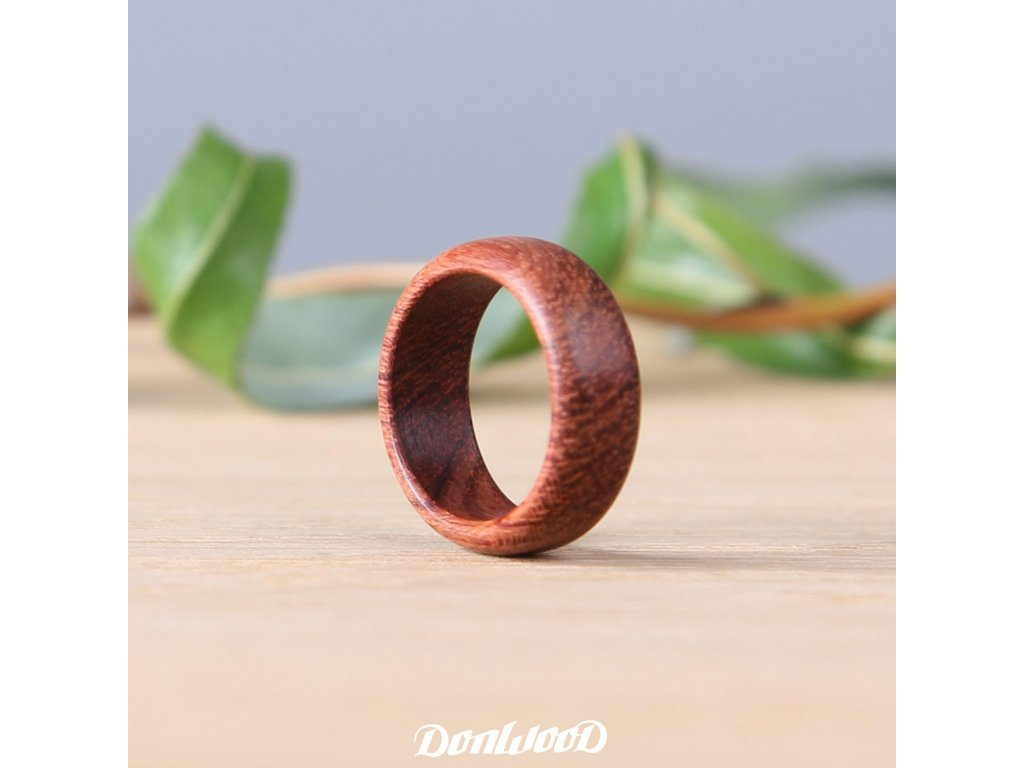 drevene-prsteny-bubinga-cerveny