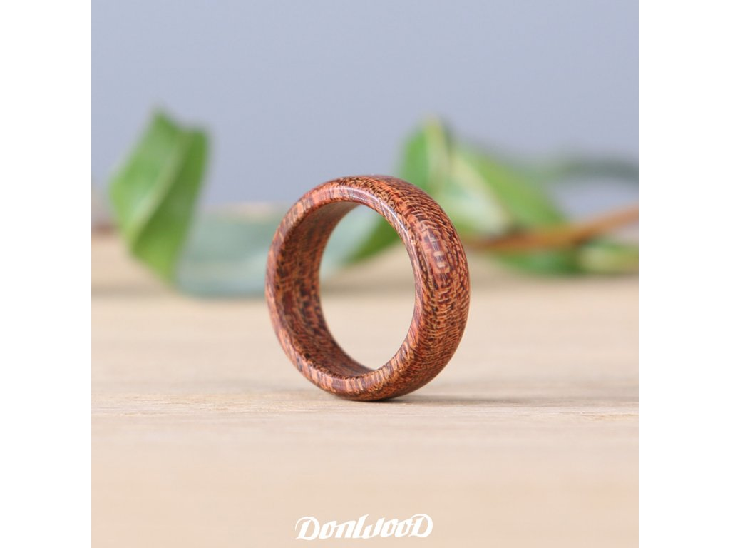 prsteny-ze-dreva-donwood-camelthorn