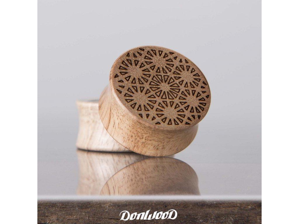 dreveny plug orech mandala donwood