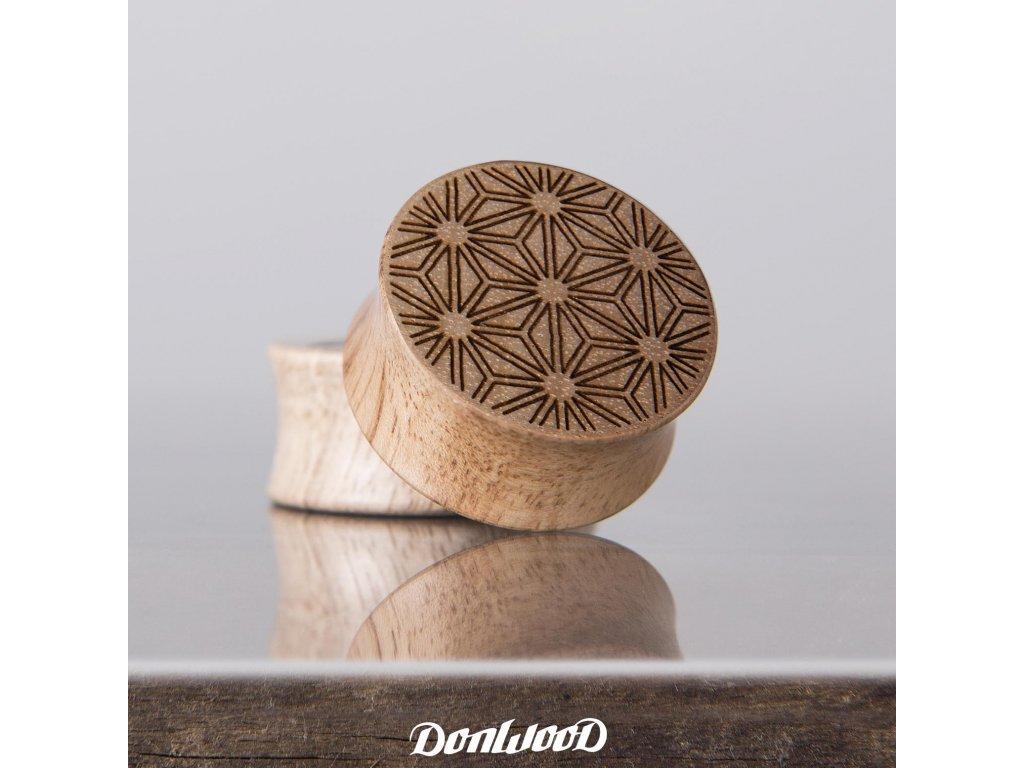 dreveny plug hvezda donwood