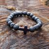 Náramok z prírodného kameňa s krížom