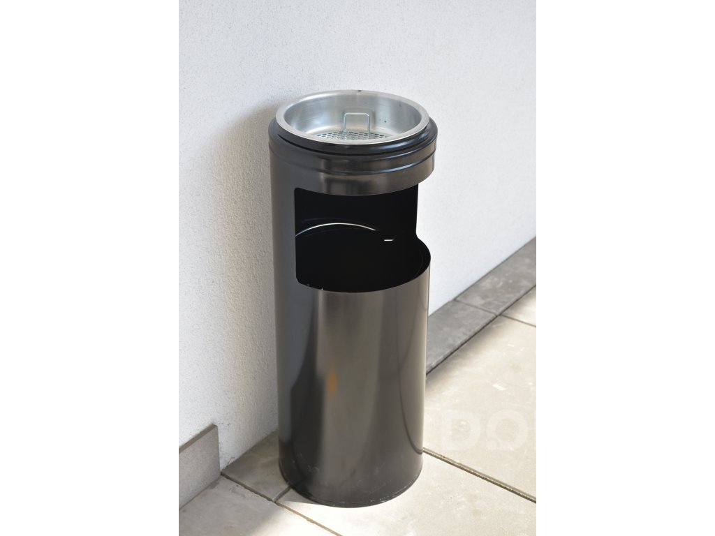 Kovový venkovní odpadkový koš s popelníkem - černý