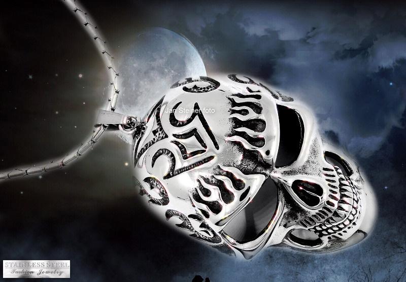 Šperky s lebkou