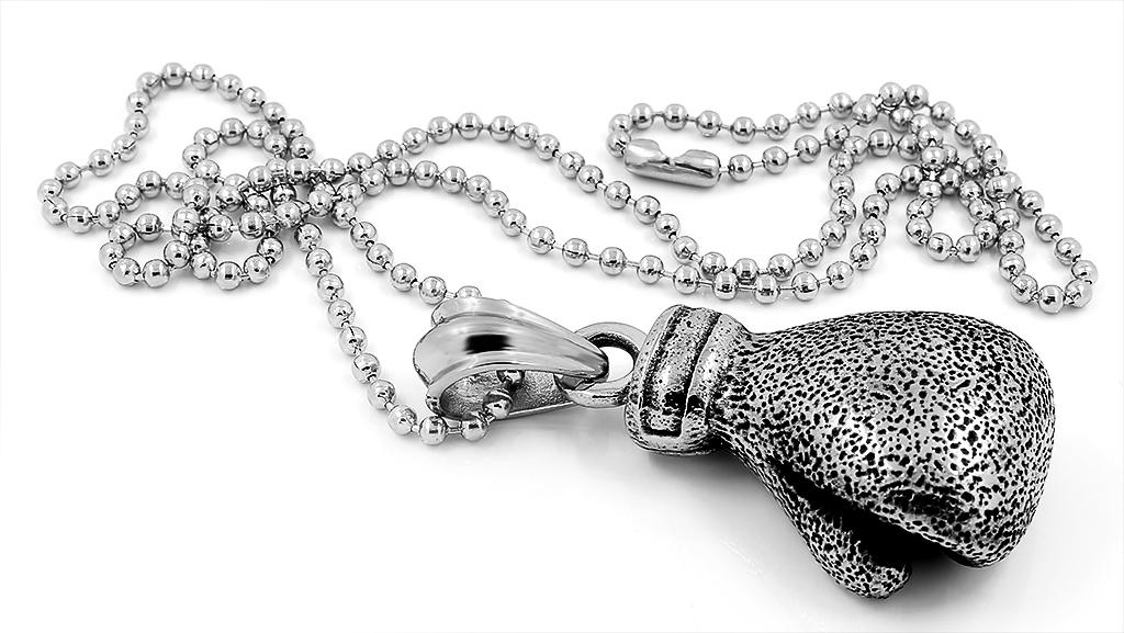 Pánský přívěsek boxerská rukavice ve stříbrném provedení, pro všechny milovníky boxu a bojových umění všeobecně ....
