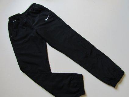 Chlapecké sportovní kalhoty- NIKE... VEL-134-146