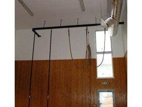 Konstrukce pro šplh DOR-SPORT, tvar L, pro šplhové tyče i lana