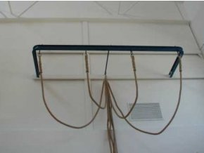 Konstrukce pro šplh DOR-SPORT, tvar U, pro šplhové  tyče i lana
