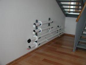 Držáky volejbalových a tenisových sloupků na stěnu