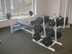 Posilovací lavice - bench press