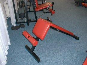 Posilovací lavice - šikmá lavice na břicho