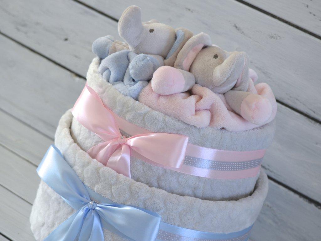 Dvoupatrový plenkový dort pro dvojčata zdobený sloníky 1