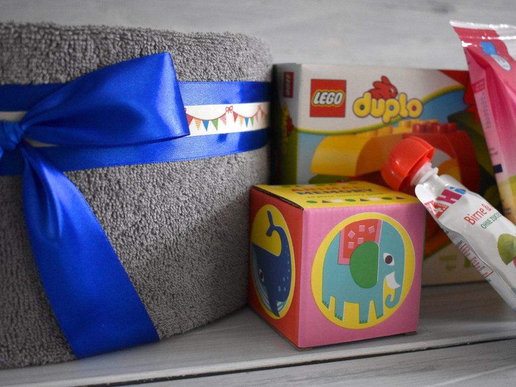 Ručníkový dort s výšivkou k 1.-3. narozeninám 1