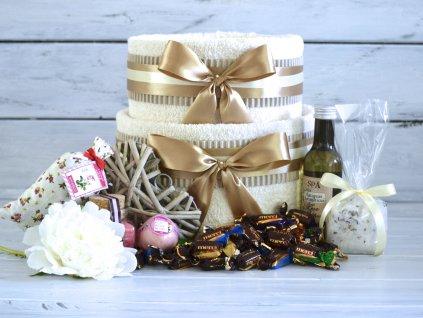 Dvoupatrový svatební ručníkový dort