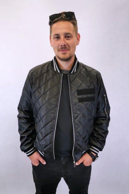 černá šusťáková bunda