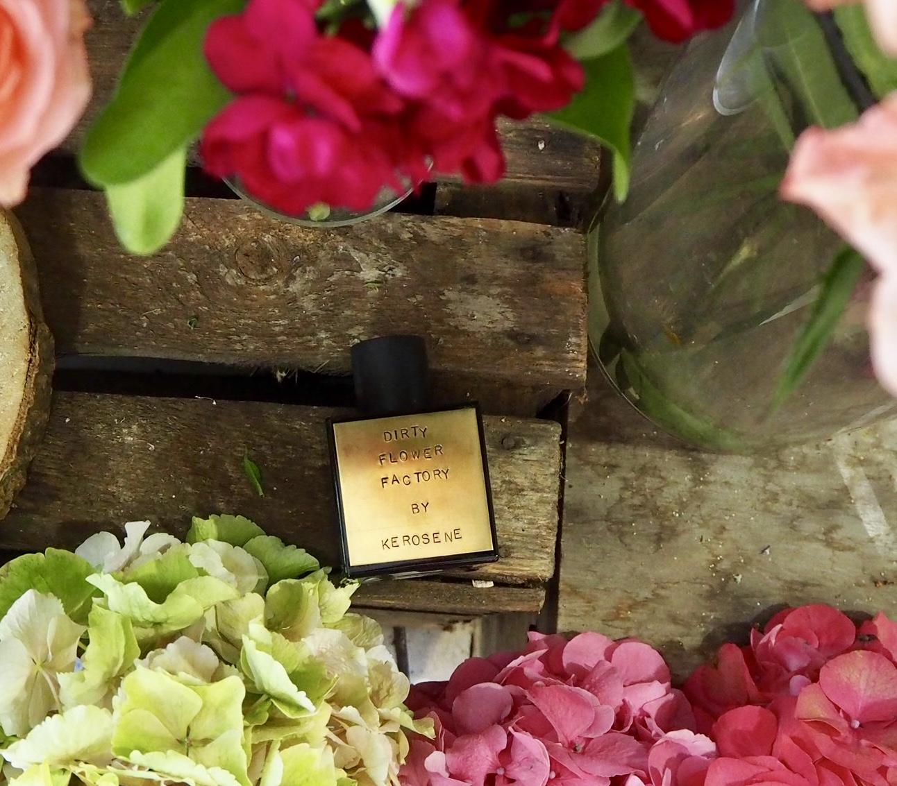 Kerosene, řemeslné parfémy z USA