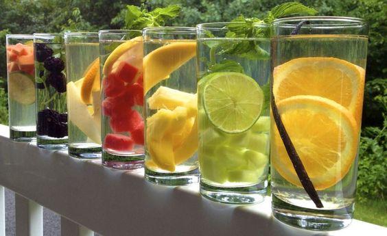 Pitný režim a neobvyklé nápoje na hubnutí