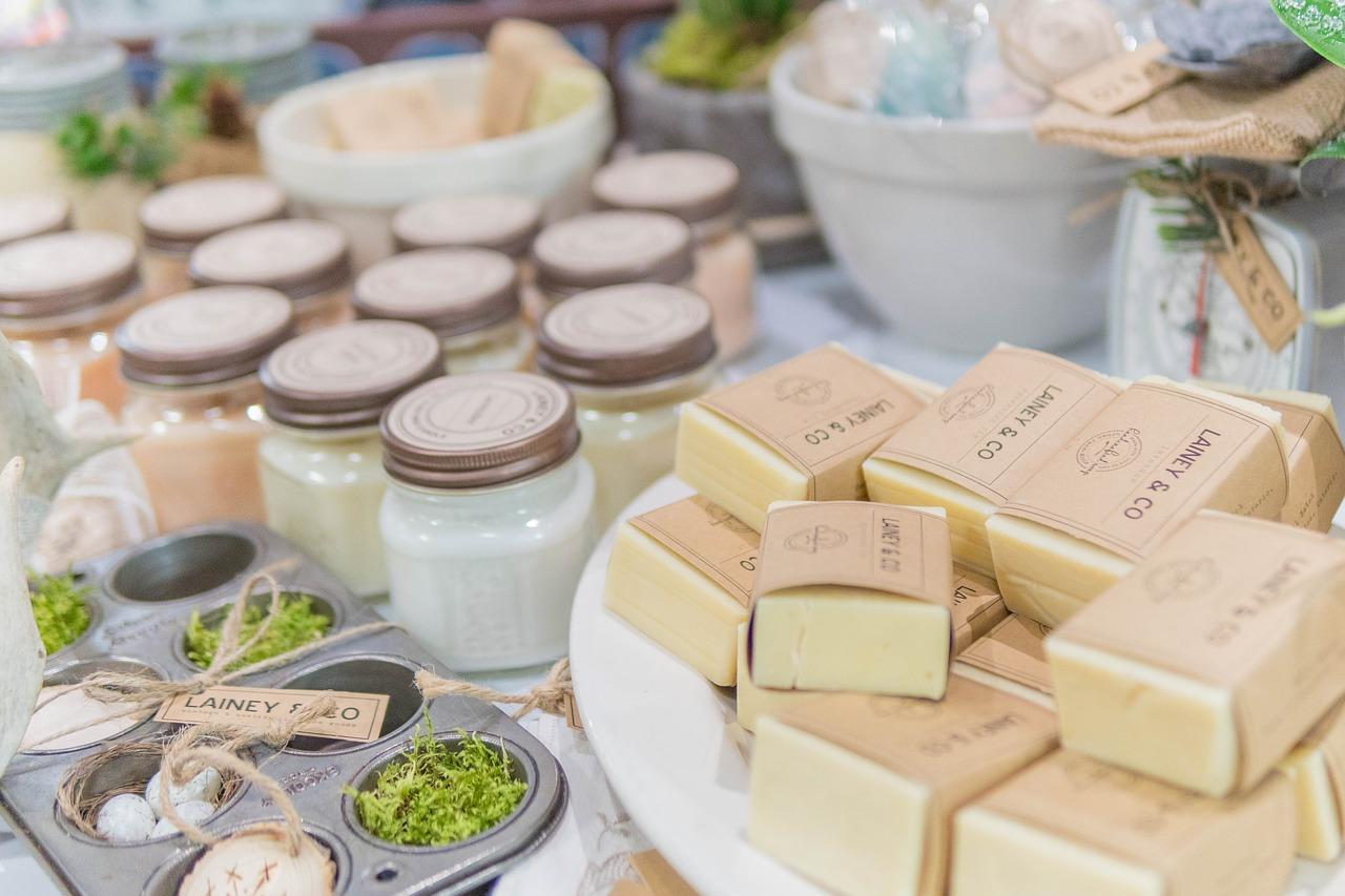 Mýdla a sprchové gely s přírodními výtažky - návrat k tradici