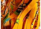 Oranžová s barevnými obrázky