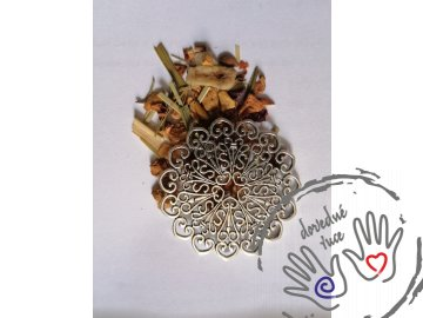 Filigrán / masivní (1,5mm) kovový výřez květinový 52mm, stříbrný