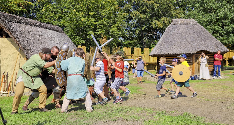 Do Archeoparku za starými Slovany