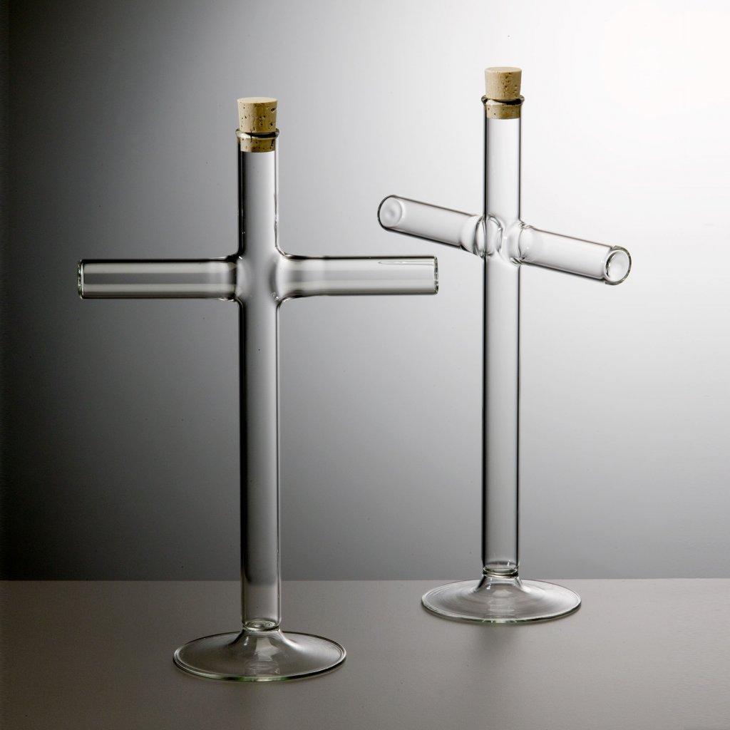 qubus jakub berdych karpelis cross vase 2