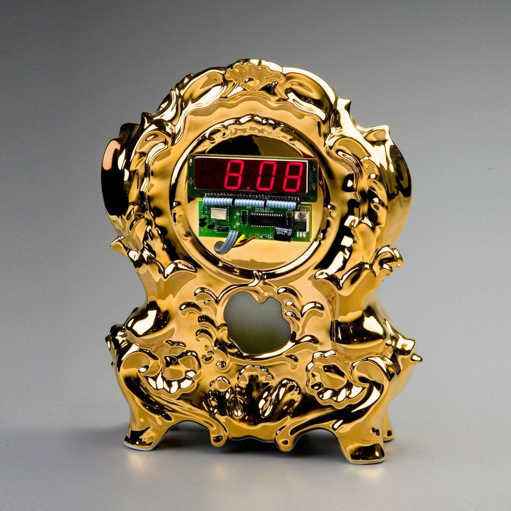 qubus maxim velcovsky digi clock golden edition 1