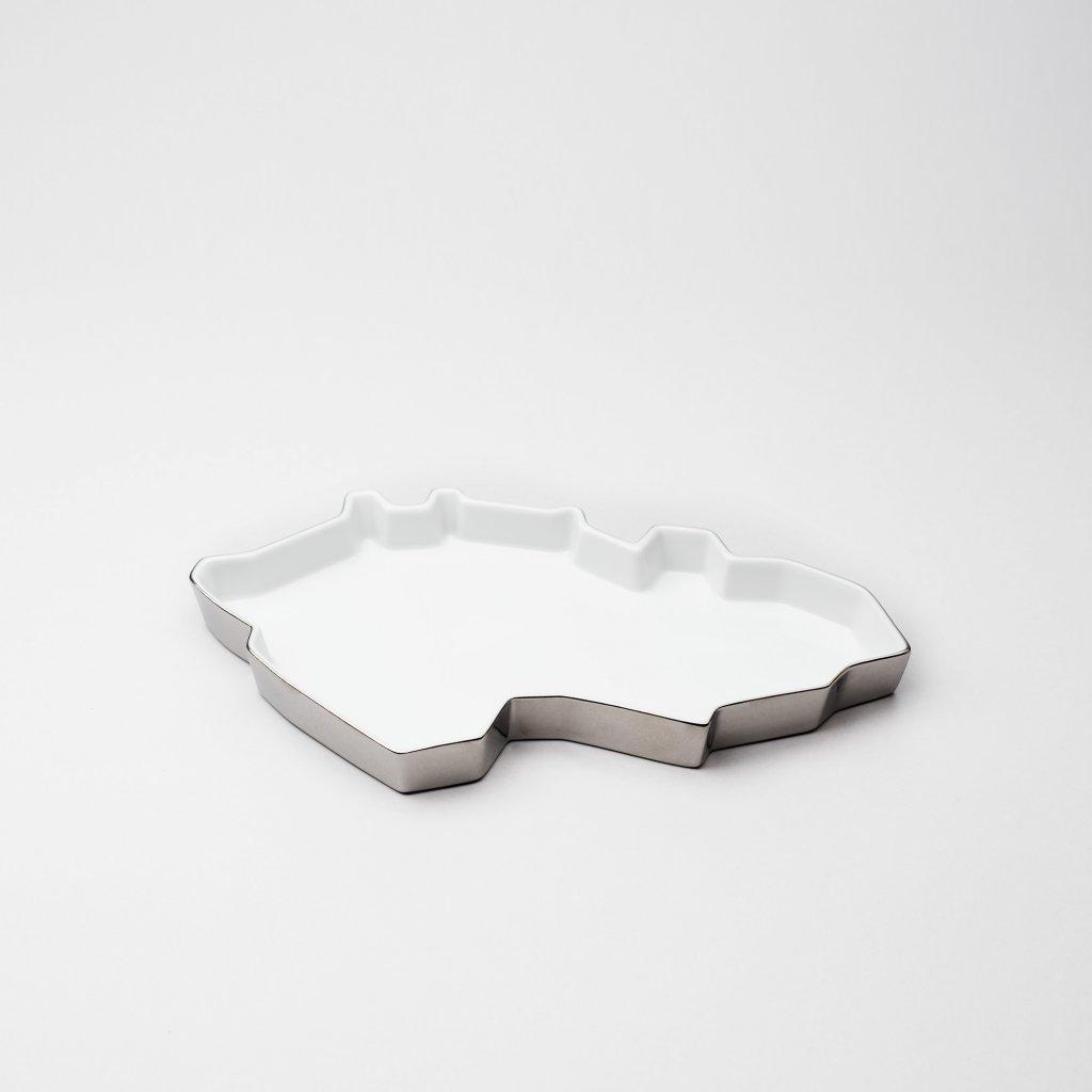 Porcelánový tácek silver Republic Tray od Maxima Velčovského