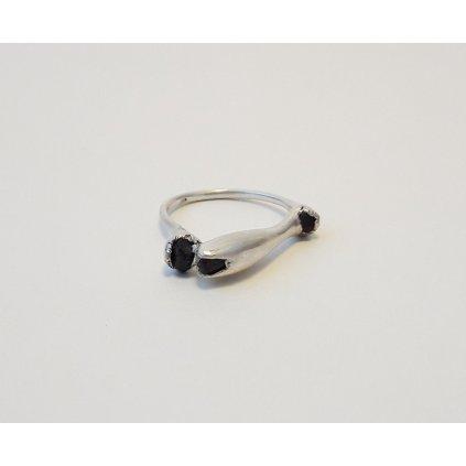 prsten AG granaty
