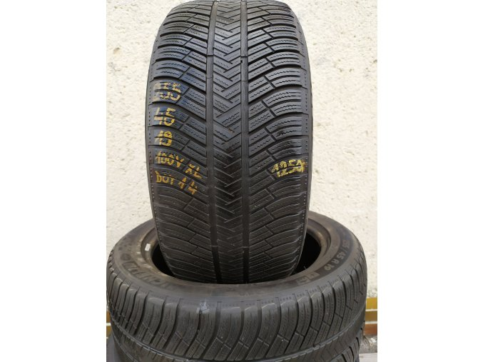 Michelin 255/45/19 100V XL