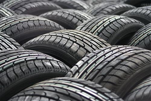 Jak vybrat letní pneumatiky rychle a jednoduše?