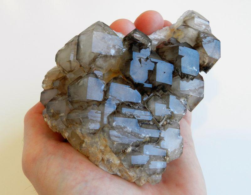 Krystal Elestial - hypoparalelní záhněda - skeletový krystal z ČR z oblasti Vysočiny