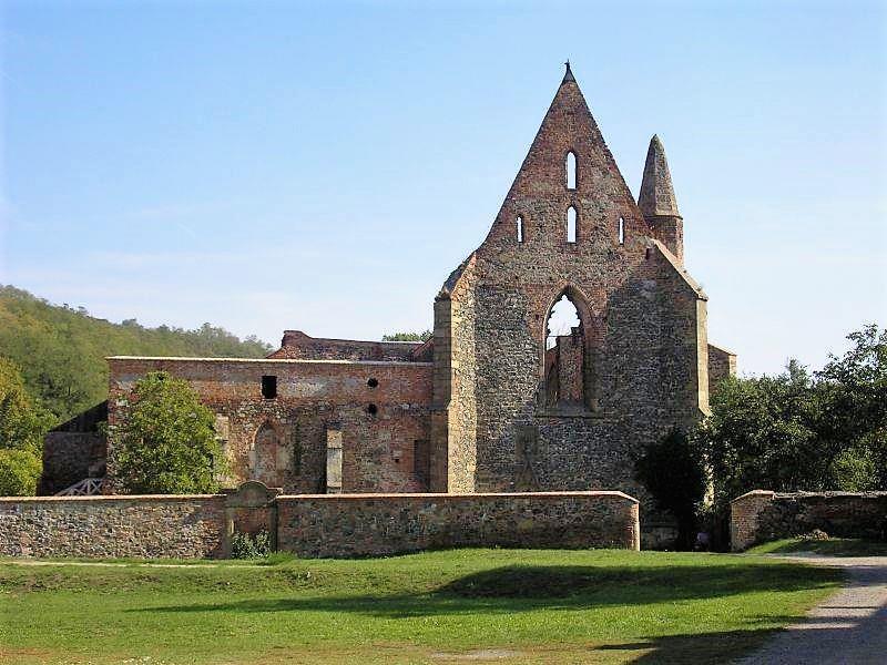 Rosa Coeli - Růže Nebeská - mystický klášter - chrámové misto v Dolních Kounicích