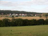 Pohled na obec Bory od Hatí