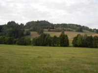 Jeden z okolních kopců poblíž Hatí