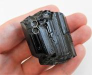 Černý turmalín skoryl z Moravy - Klíč s dvěma klíčovými vtisky