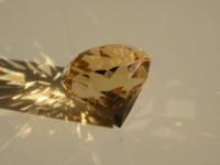 Vybroušený drahokamový citrín z Kněževsi