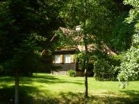 Jedna z mnoha rekreačních chat poblíž Skleného nad Oslavou