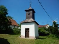 Historická kaplička - zvonička v Rousměrově
