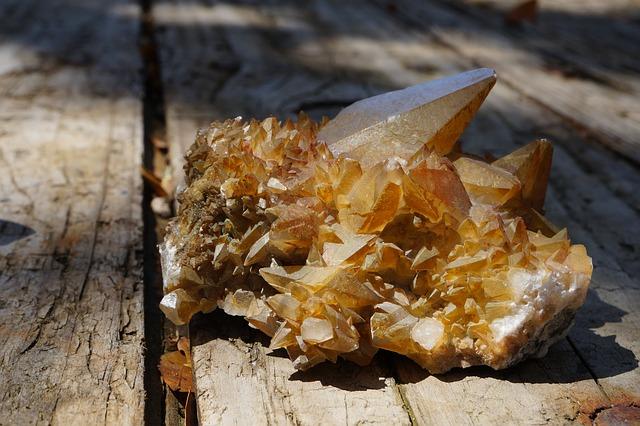Kalcit, kámen, minerál, účinky, vlastnosti, význam