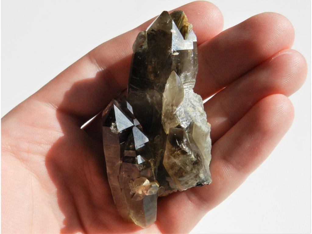 Drůza krystalů záhněd z Vysočiny