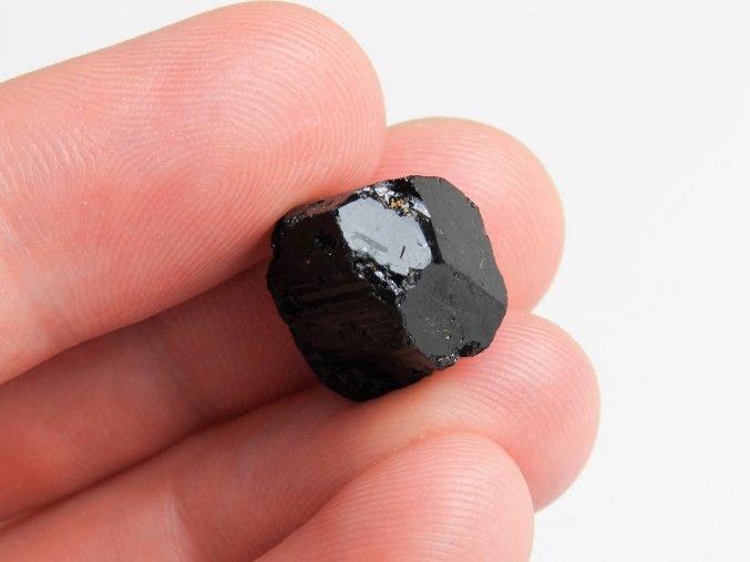 cerny turmalin skoryl kamen vysocina cesky obrazky 1