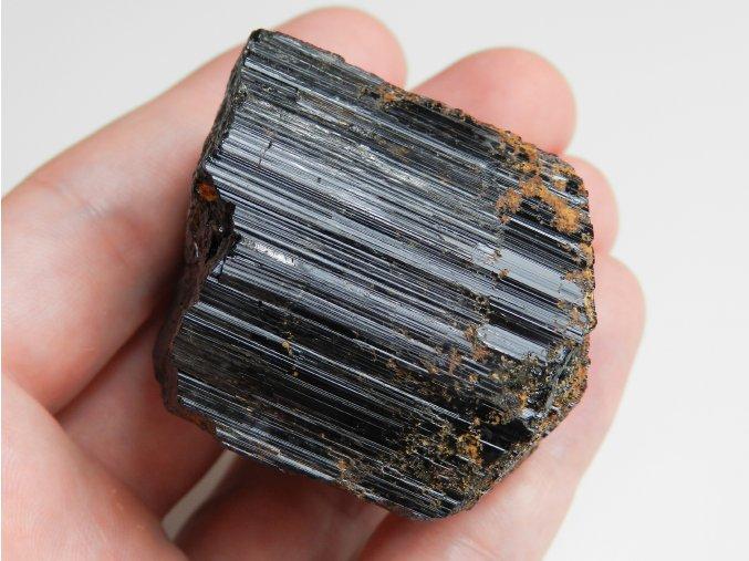 cerny turmalin skoryl velky mohutny krystal cesky polodrahokam bory lom obrazky 1