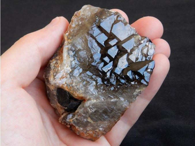 zahneda krystal elestialu pravy cesky kamen drahokam poklad obrazky 1