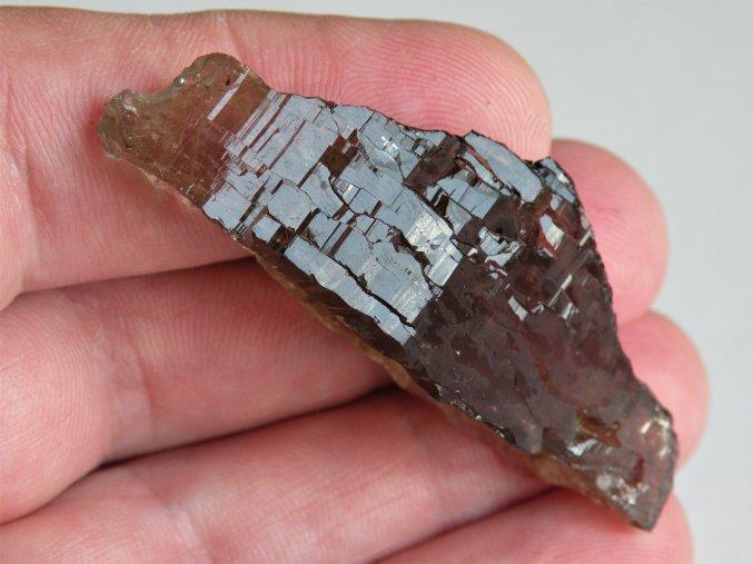 prirodni zahneda kourova zlomek krystal vysocina obrazek 1